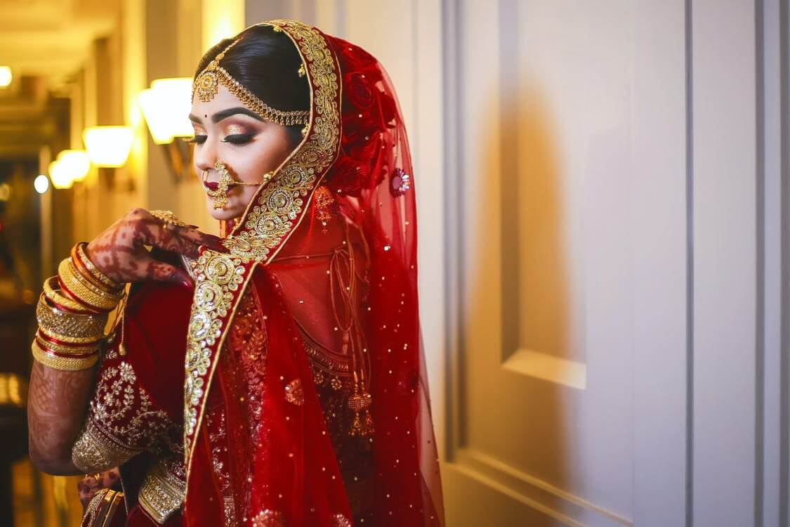 7 Tips for Choosing Your Dream Wedding Outfits